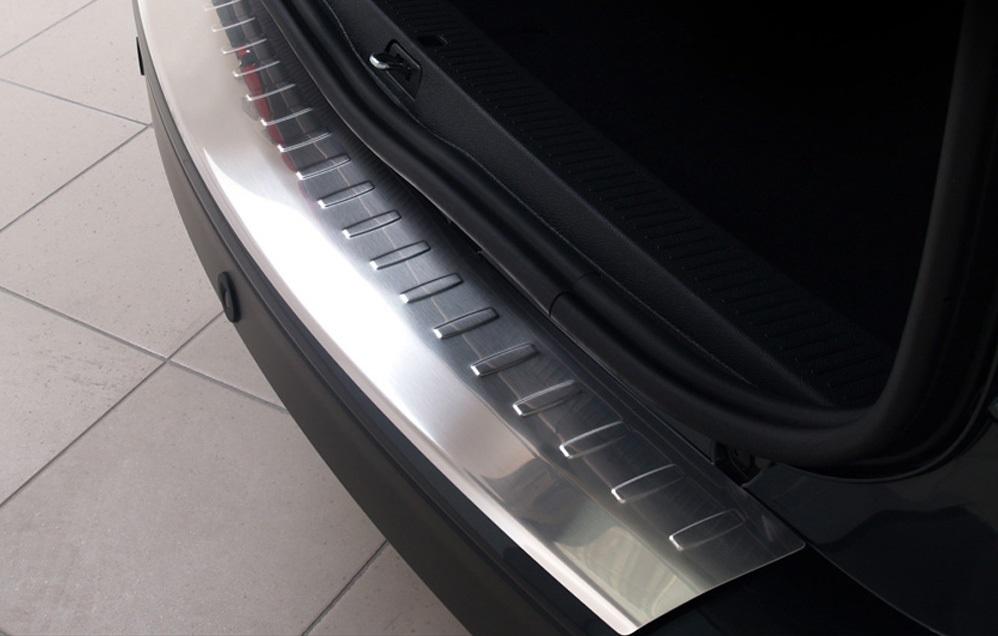 Richard Grant Mouldings Ltd Schr/ägheck 5-T/ürer ab Baujahr 06.2012- ceed RBP746 Original RGM Ladekantenschutz schwarz f/ür Kia CeeD II JD